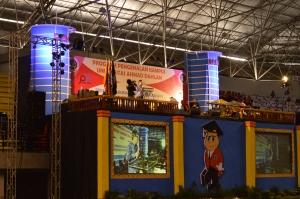 Kasiyarno, Rektor UAD saat memberikan sambutan kepada Maba dalam pembukaan P2K di GOR Amongrogo. Dok. Poros
